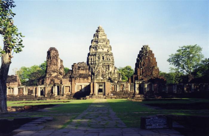 Prasat Hin Phimai Khmer Shrine