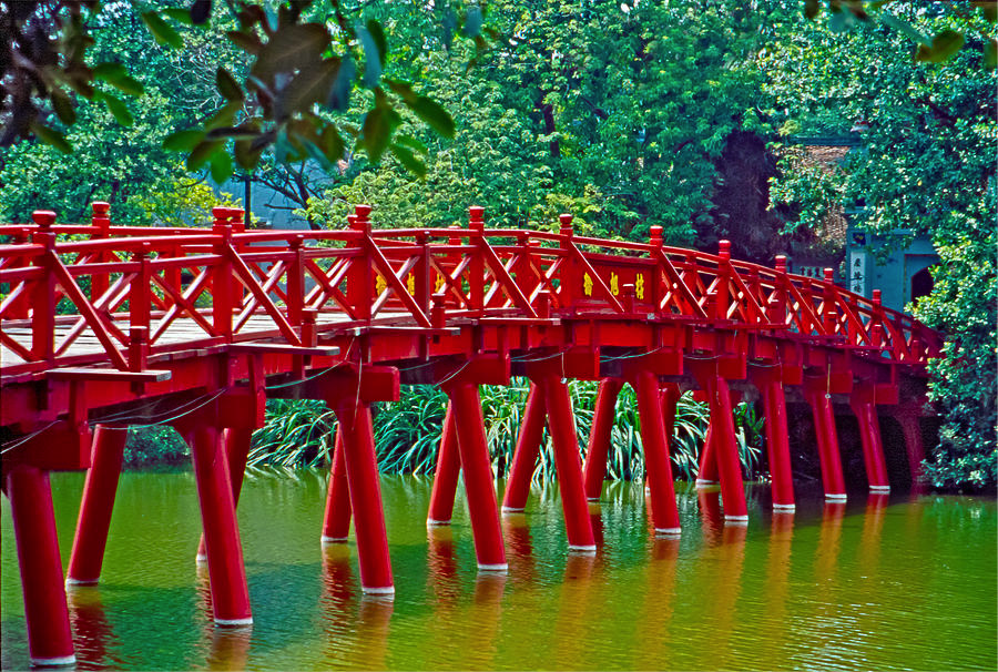Image of Bridge in Hanoi, Vietnam
